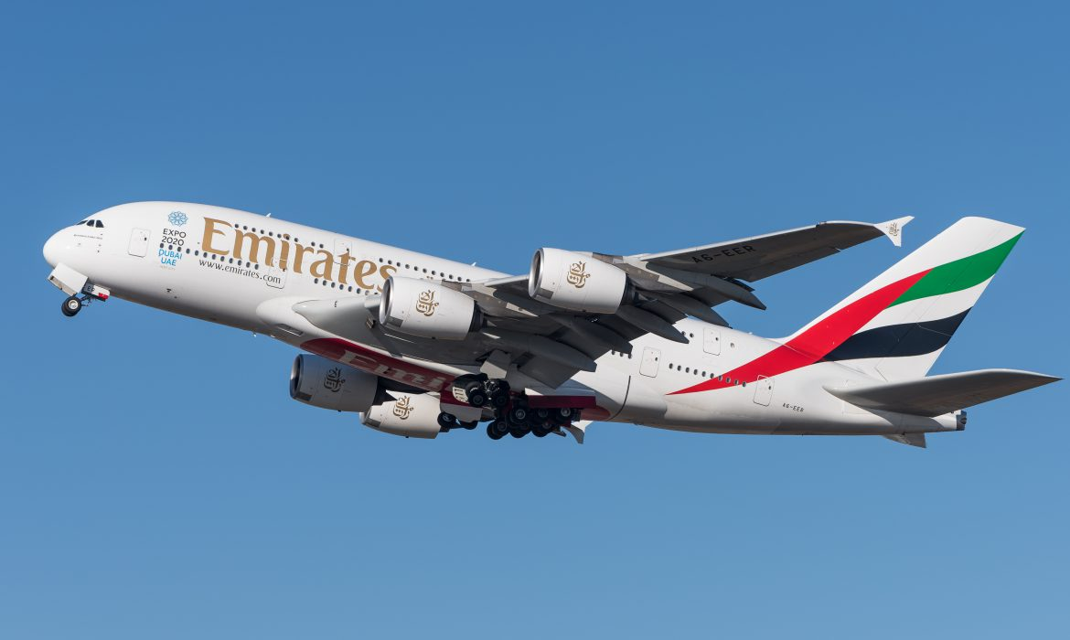 Emirates offers discounted airfares for business and economy